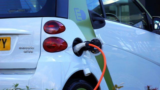 Samochód elektryczny – przyszłość motoryzacji